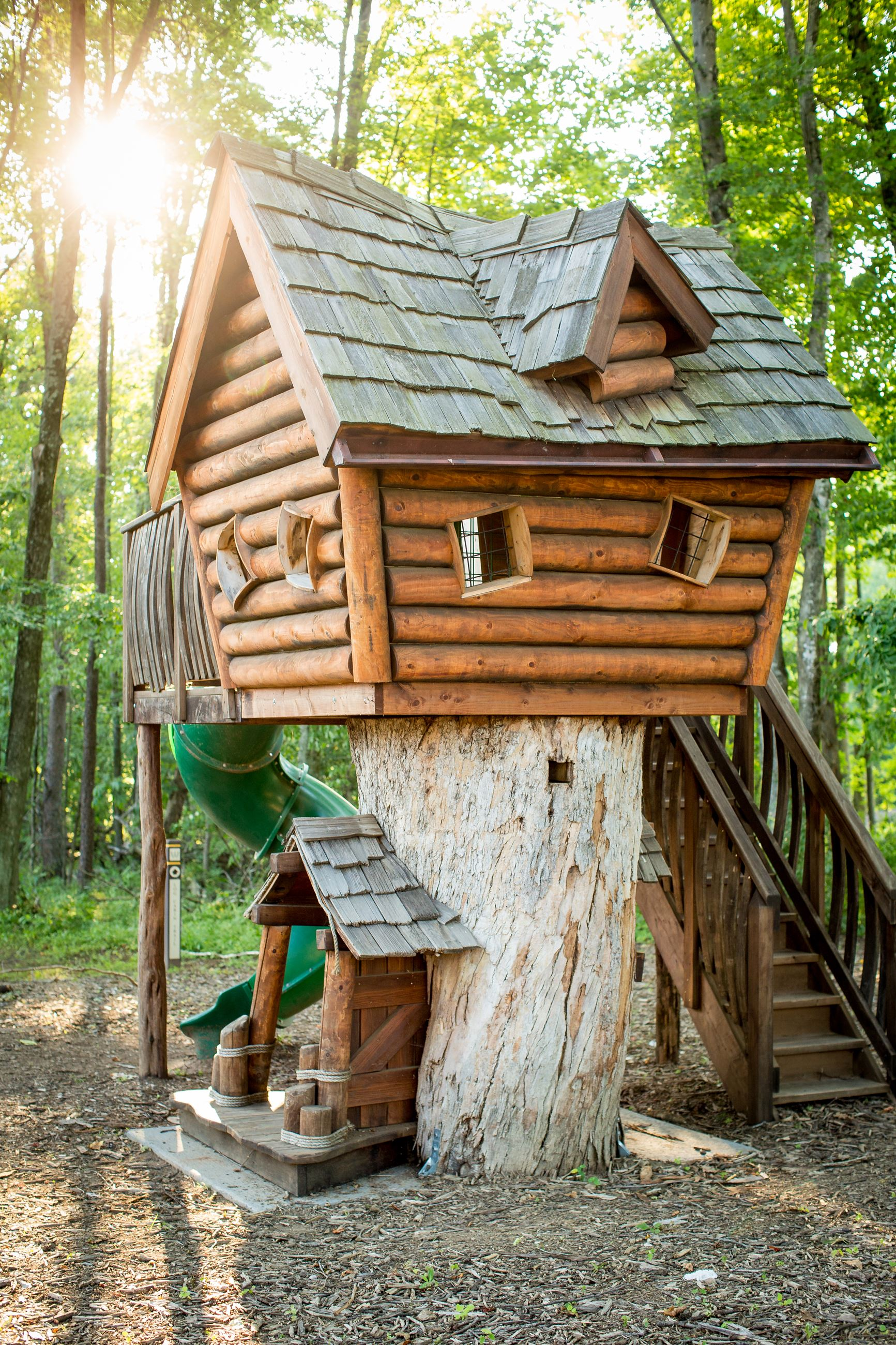 Log Cabin Treehouse