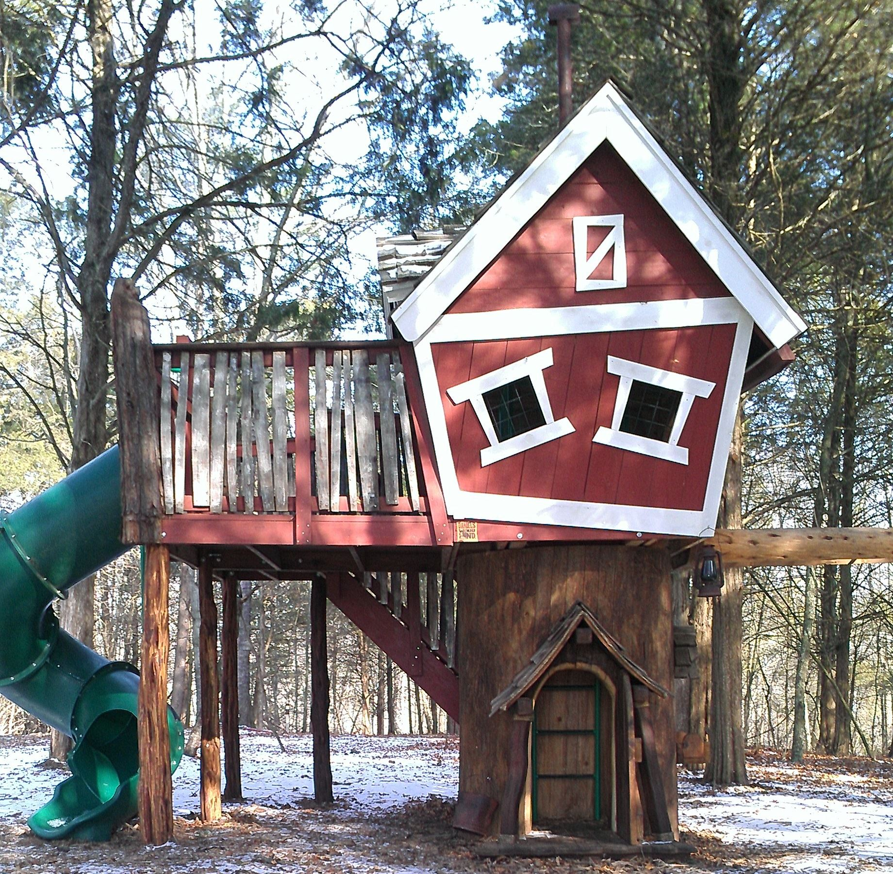 The Grange - Bear Barn Tree House